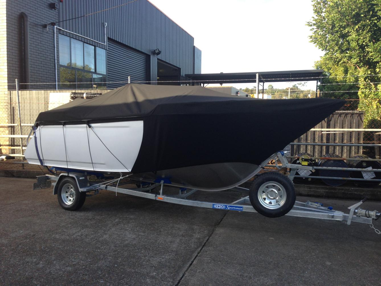Allover cover to gunwale with stone guard skirts